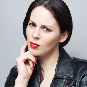 Award-winning Filmmaker Emma Dark