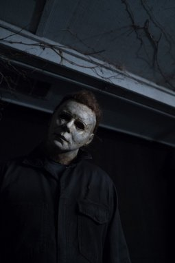 Cast In Halloween 2020 Only One Cast Member Needs to Return for 'Halloween 2020' – Bloody